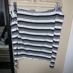 Striped strapless crop top